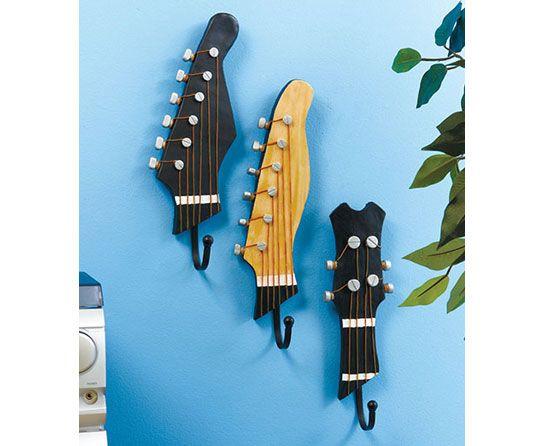 cmo hacer unas perchas de pared originales con guitarras