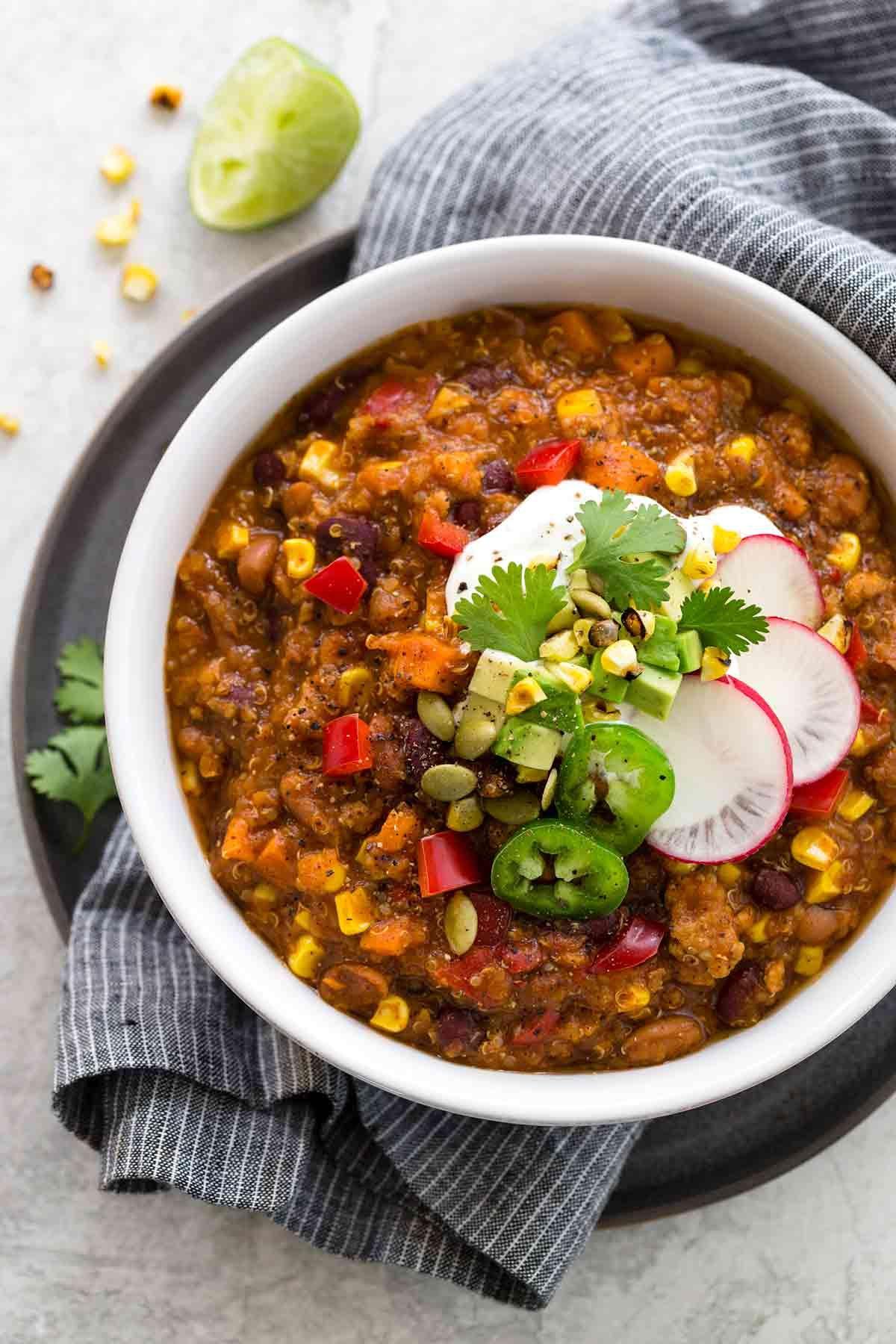 Instant Pot Turkey Chili With Quinoa Jessica Gavin Recipe Easy Instant Pot Recipes Pot Recipes Turkey Chili