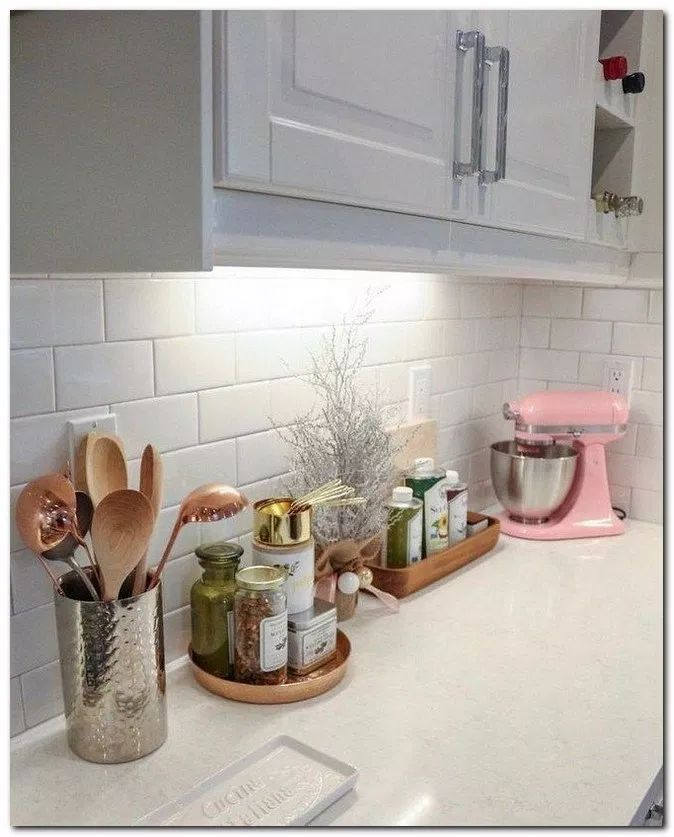 21 Simple French Country Kitchen Decor Ideas Kitchenideas Kitchendecor Kitche Wohnung Kuche Dekoration Kuchenplatte Deko Tisch