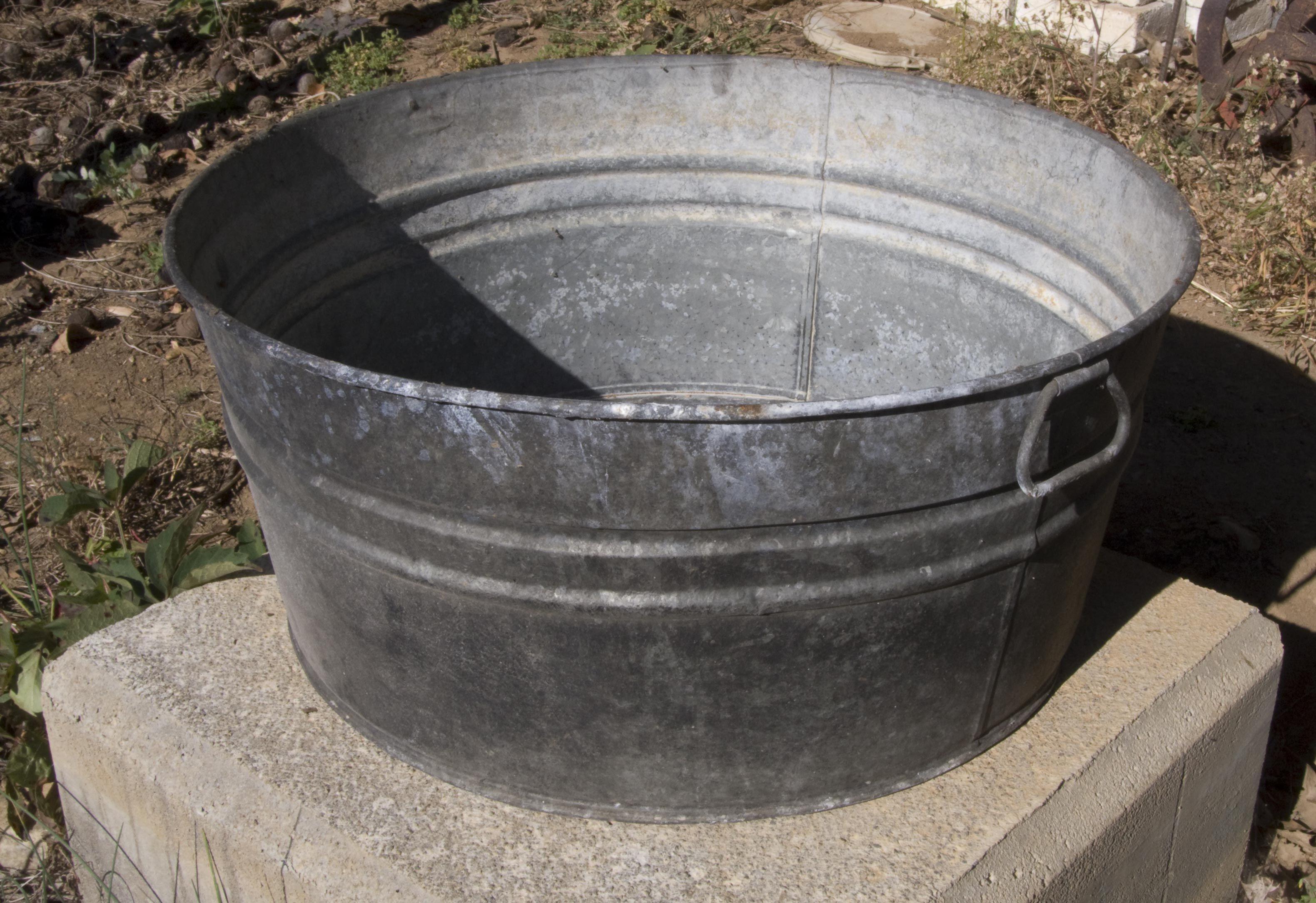 washtub | Our Old Wash Tub! | bathrooms, closets | Pinterest ...