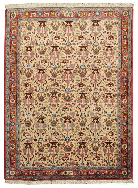 Vecchio tappeto persiano Vintage VaraminHand di RugPassion