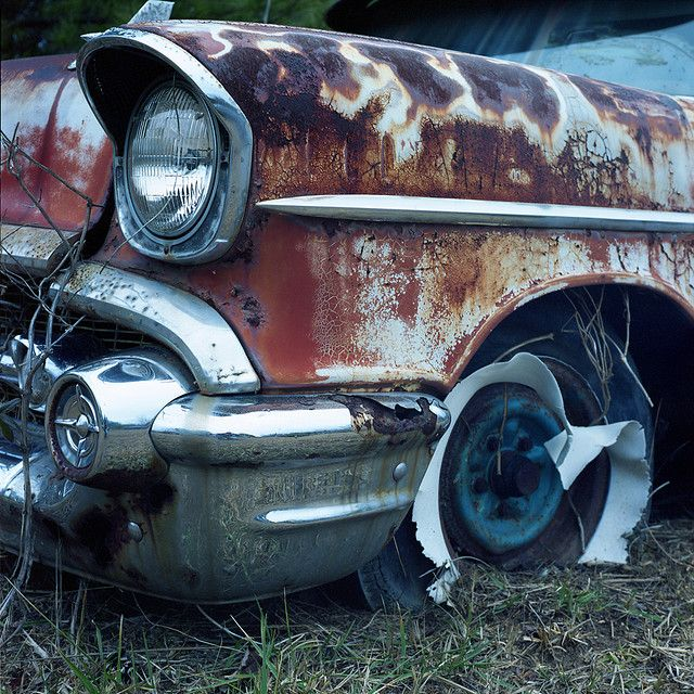White Wall In Distress Abandoned Cars Barn Finds Classic Cars Rusty Cars