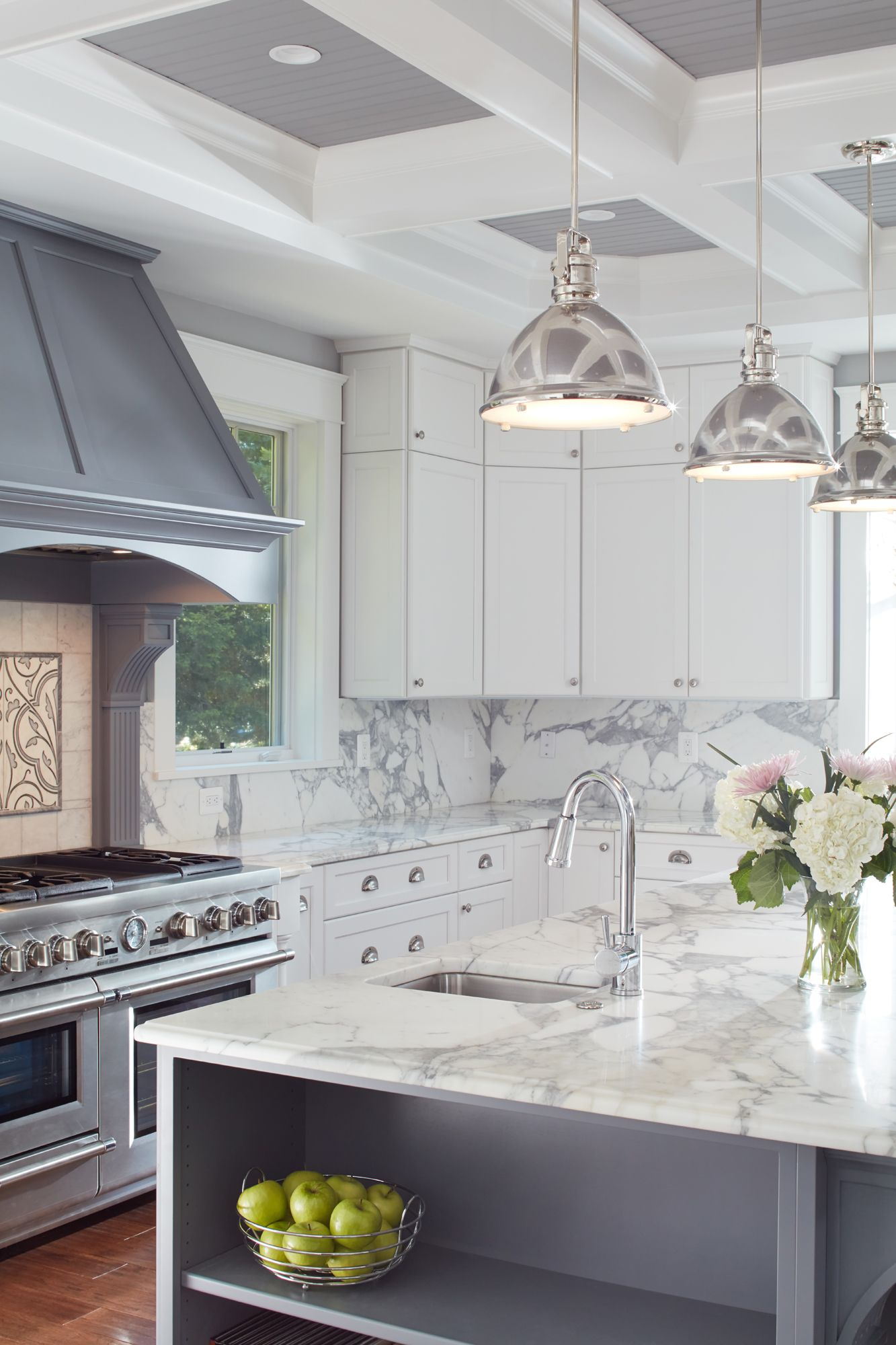 The Chef S Kitchen With Coffered Ceiling Granite Countertops