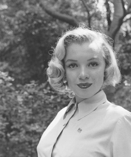 Marilyn Monroe | Marilyn Monroe Picture #11888968 - 454 x 545 - FanPix.Net
