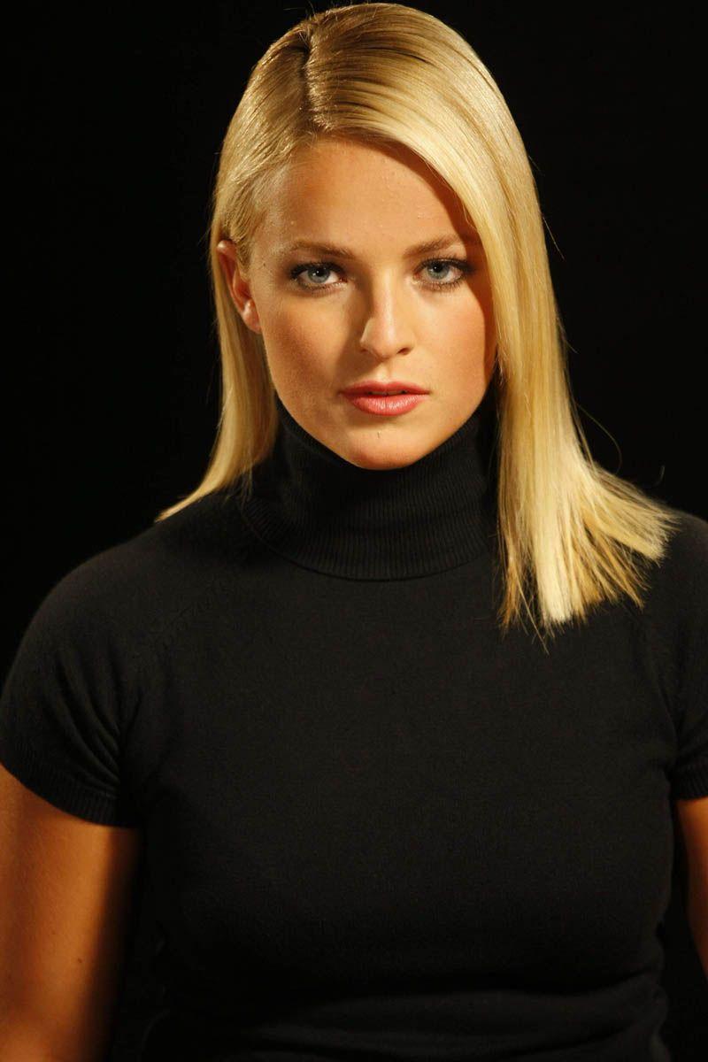 Black blonde porn video