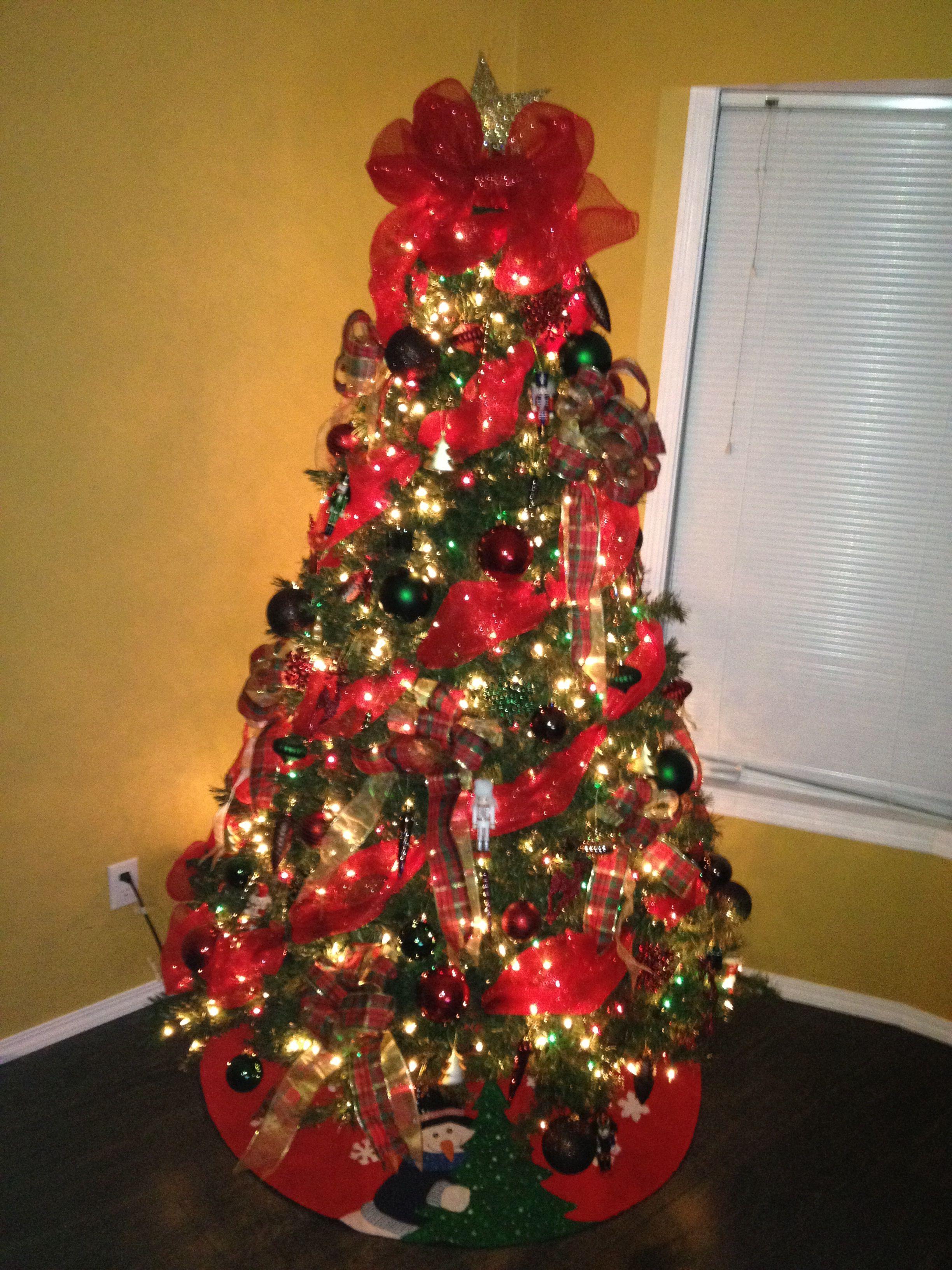 mesh ribbon decorated christmas tree - Christmas Tree Mesh Ribbon
