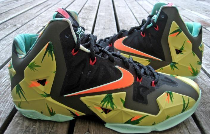 ead3d2869e55 Nike LeBron 11