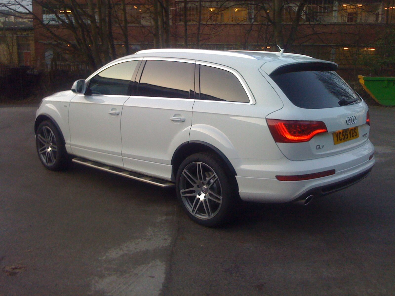 audi q7 4x4 window tints in limo shade at the rear. Black Bedroom Furniture Sets. Home Design Ideas