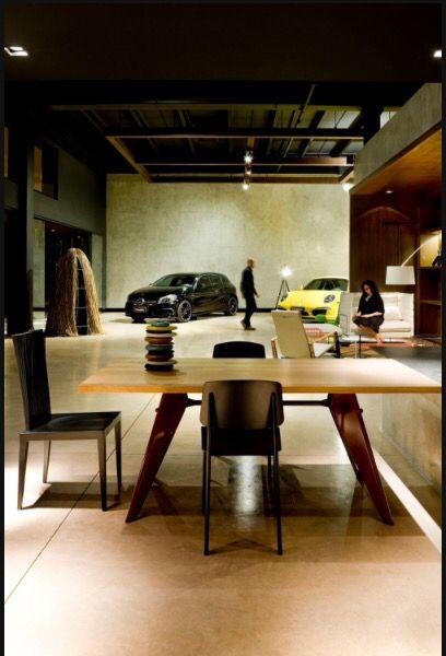 Eurobike parceria minha com 1:1 arquitetura!! Loja de carro conceitual