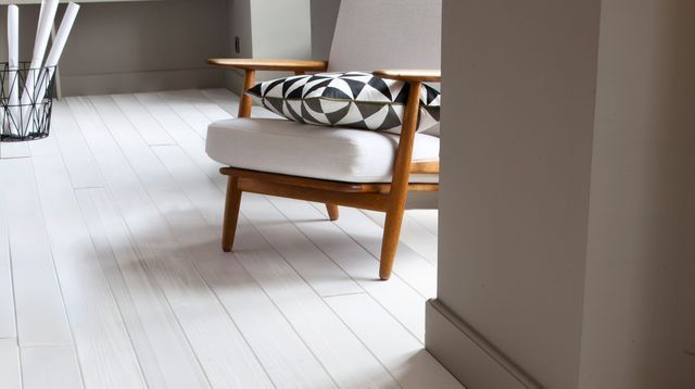 Mur blanc ou en couleur  comment réveiller votre intérieur