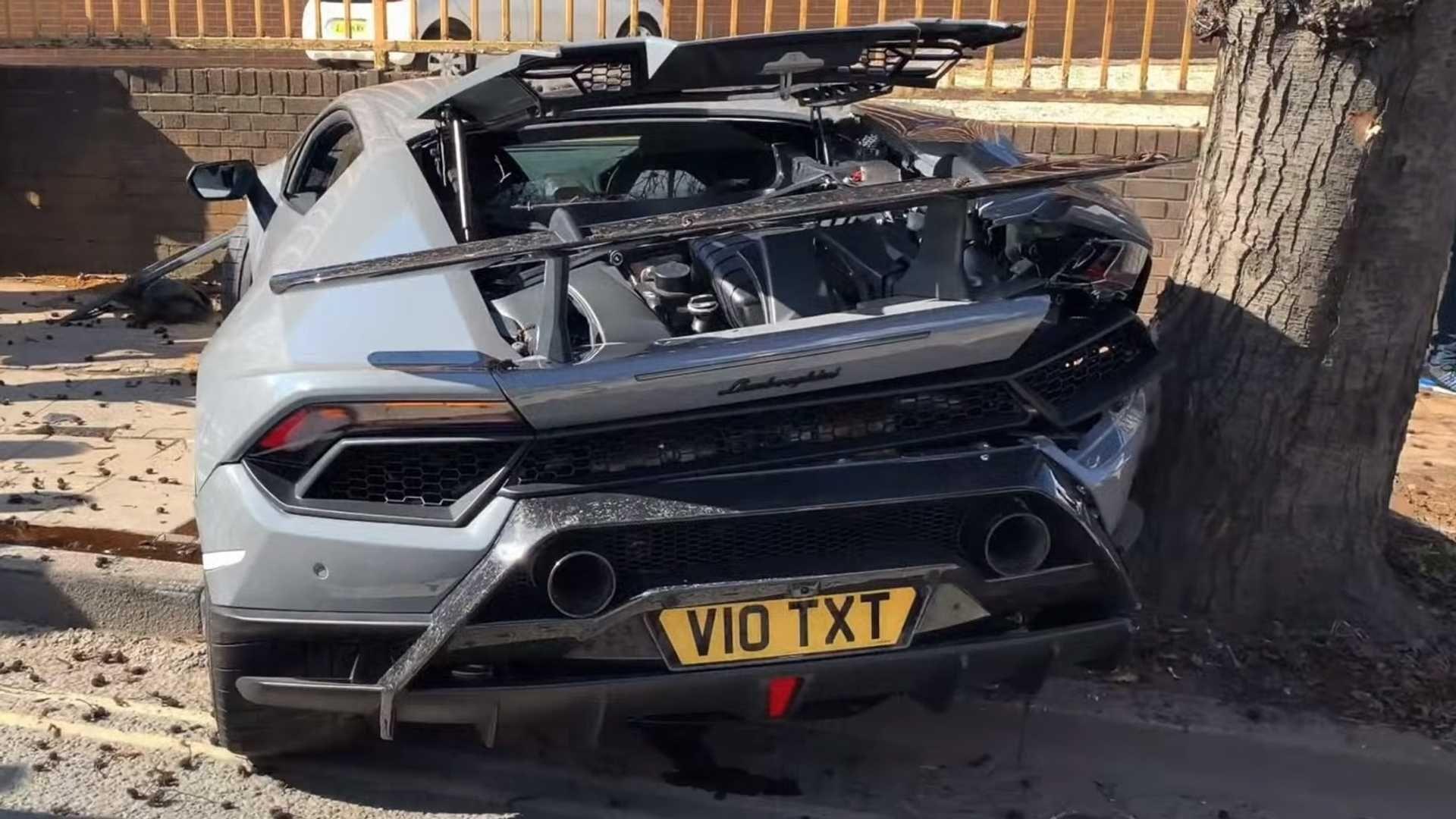 3g Tracker X Magnet Car Gps Tracker Thecargps Com Lamborghini Huracan Lamborghini Super Cars