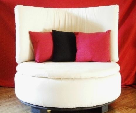 Tire to Round Sofa Chair! | Round sofa, Ottoman table and Comfy sofa