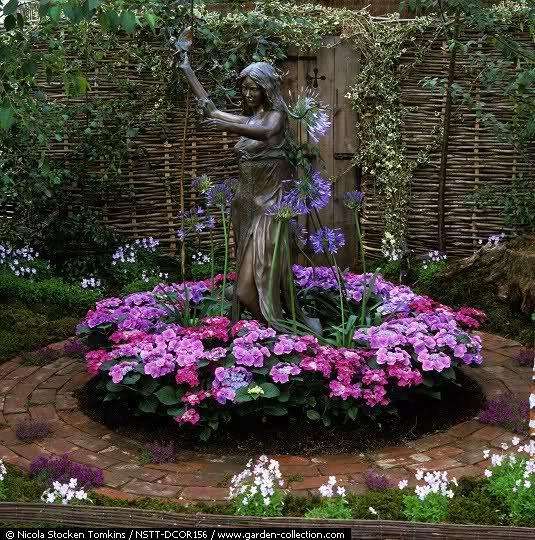 Jardin debajo del arbol buscar con google mi jard n - Decorar el jardin con poco dinero ...