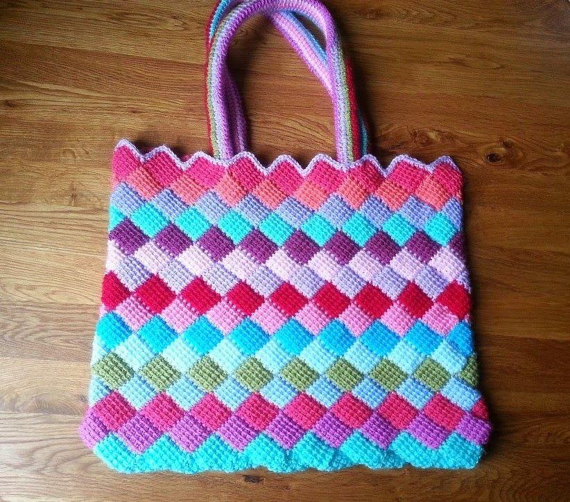 Hooking Crazy: Tunisan Entrelac Tote Bag - free #crochet ...