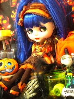 GIVE ME PUMPKIN CHOCOLATE halloween blythe beauty created by Rina Madarame