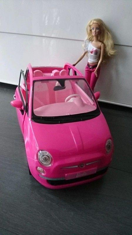 4dac264f155b1 Barbie avec voiture rose Fiat 500 - vinted.fr