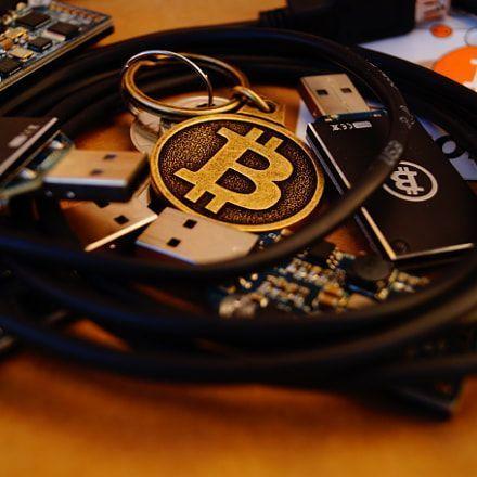 Etoro trade bitcoin 24 7