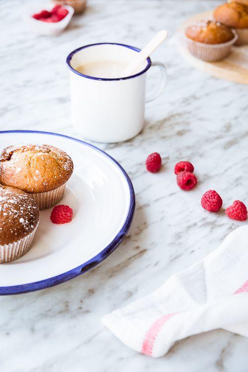 Muffins de frambuesa y crema de queso - Fotografía, con M
