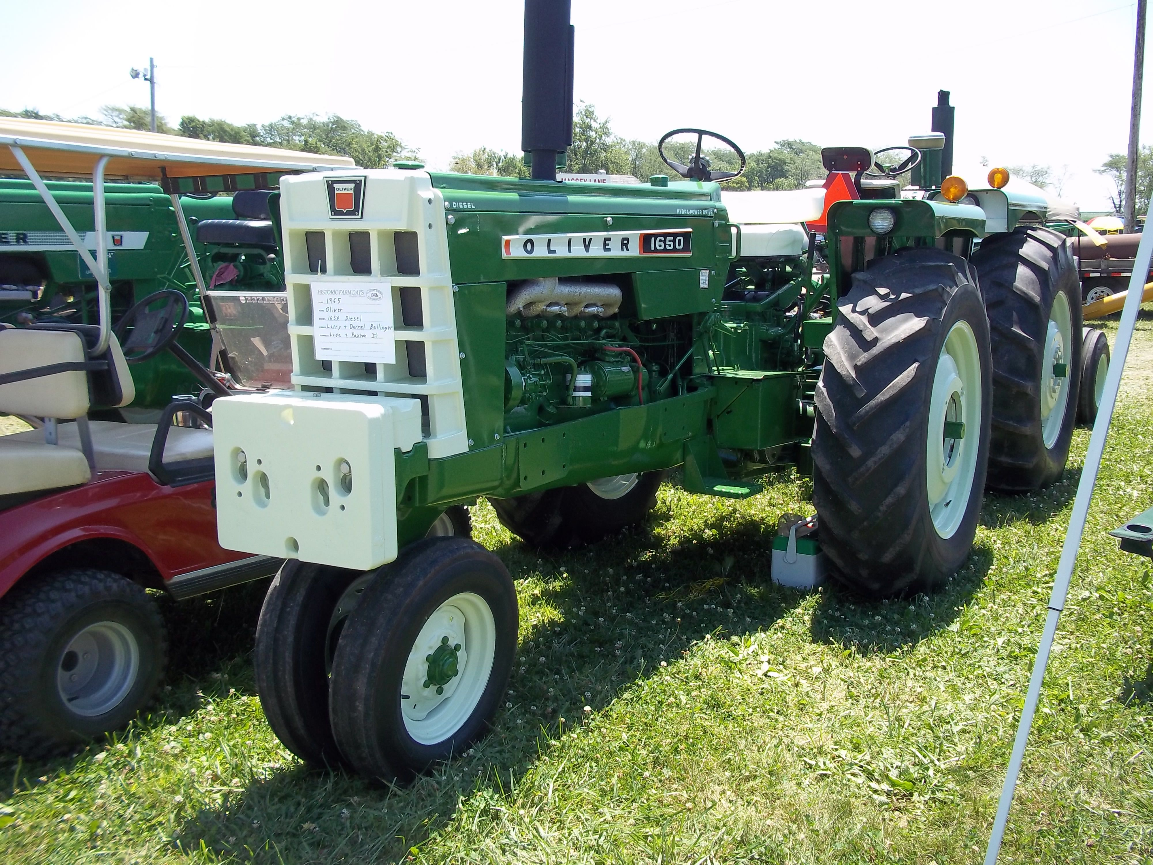 301382824759 further Ford 4630 Tractor Wiring Diagram also 700 Oliver 1600 Photos as well 331141018981 moreover Oliver Tractor Schematics. on oliver 1650 tractor