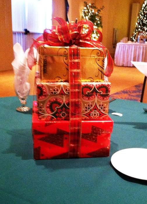 Christmas Centerpiece For Christmas Party Put Gifts In Each Box And Use As Door Prizes Christmas Boxes Decoration Christmas Centerpieces Feliz Navidad Party