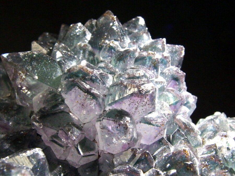 Favorite tweet by @BlueColundum : #良い石の日 ひっそりとインクル水晶の沼にはまっている https://t.co/hQ4nJaEouF