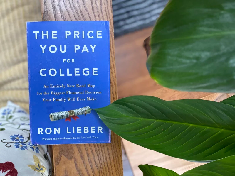5 Things Every Family Should Know About Paying For College In 2021 Financial Aid College College Rule