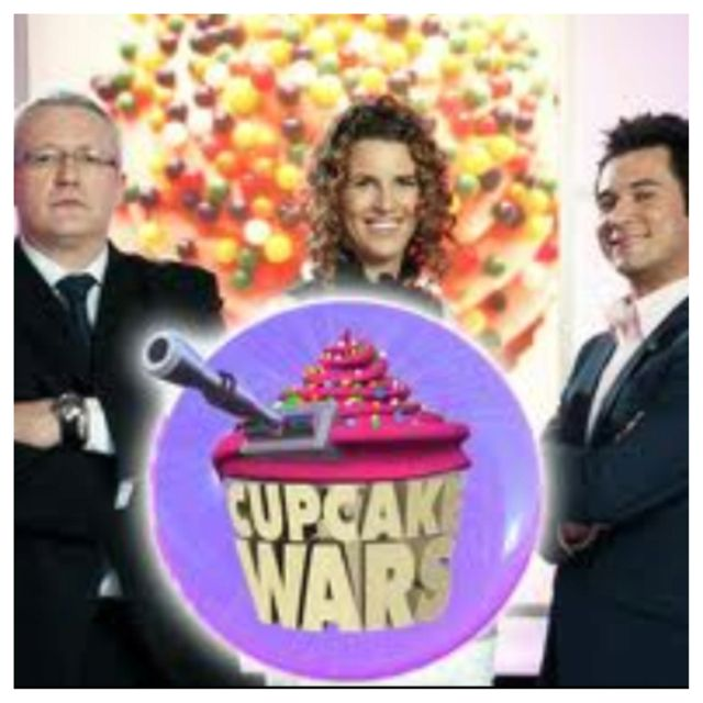 cupcake wars tv show the first episode aired in 2010 on food