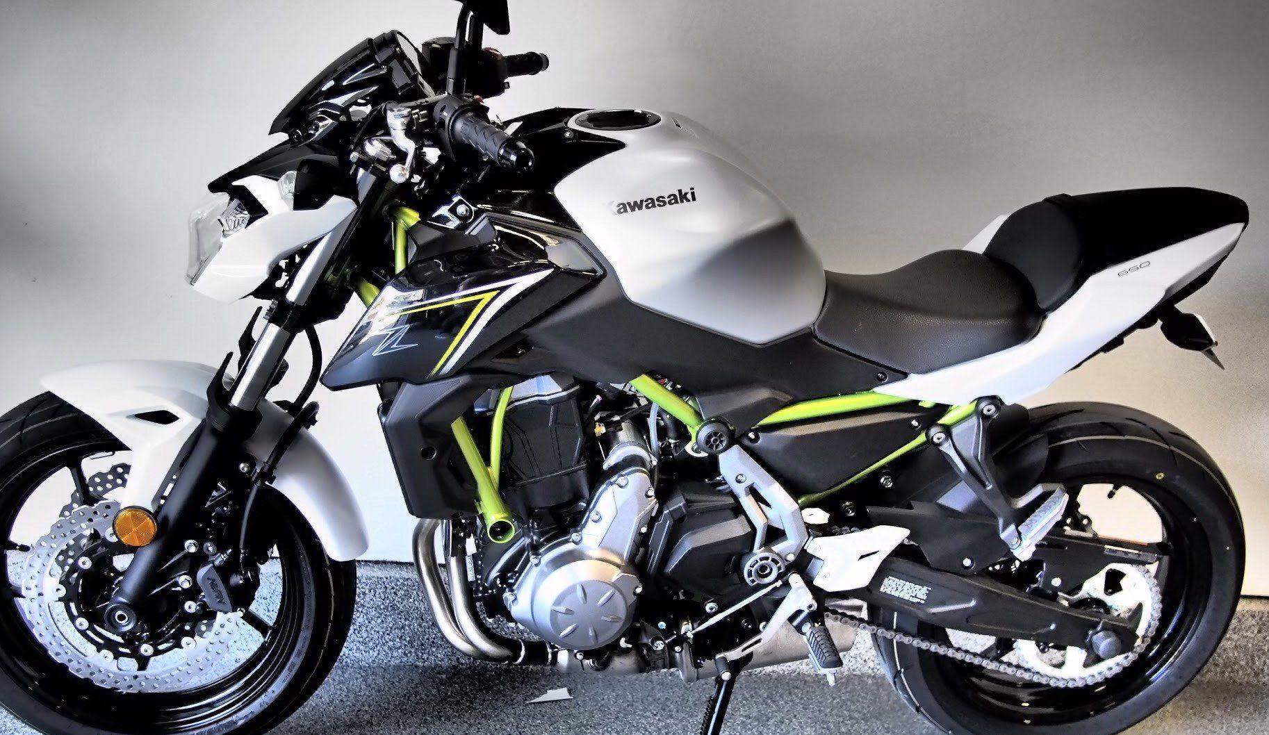 Kawasaki z650 ninja 650 motos