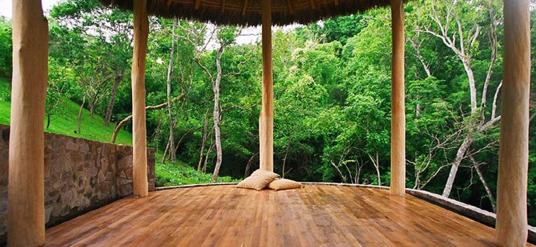 Jungle Retreat Perfect Place For Firefly Yoga Flow With Jackie Click Image Yogadownload Takeyogaanywhe Yoga Room Yoga Studio Home Yoga Meditation Space