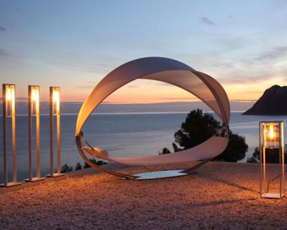 Delightful A Perfect Summer Night With The Surf Hammock By Royal Botania At Hildrethu0027s  #blog # Awesome Ideas