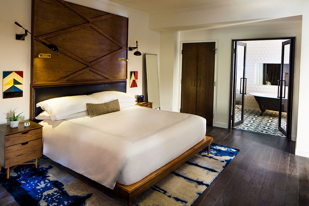 Come And Experience Thompson Nashville A Luxury Hotel In The Gulch Located