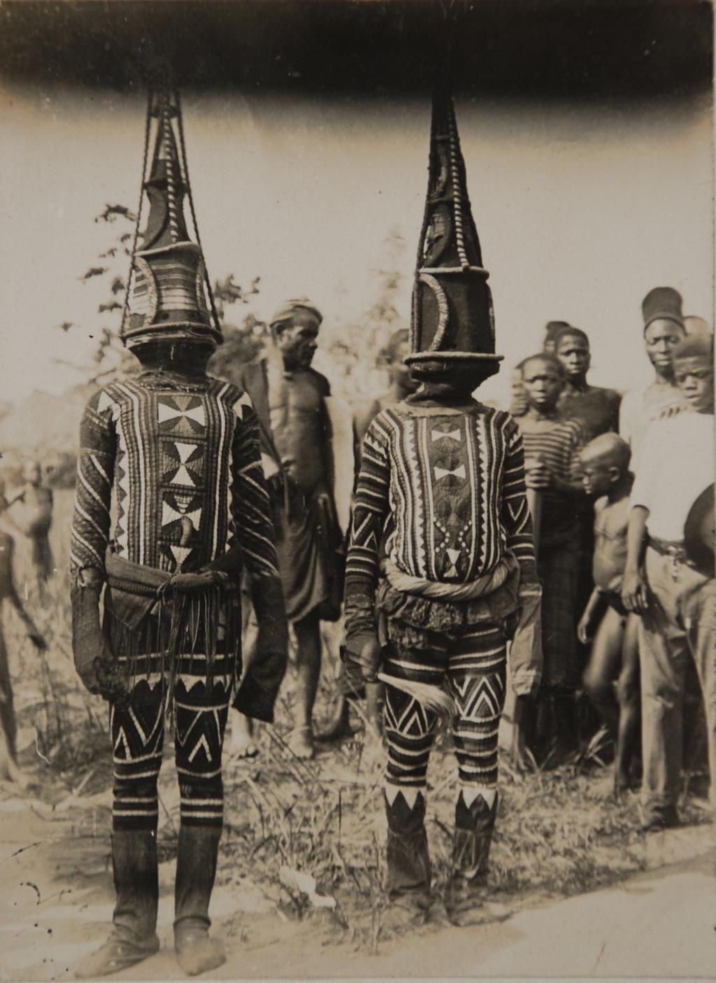 "ukpuru: "" [Greater Niger Series] "" Kwoho dancers "" Northcote Thomas, early 1900s, Edo region Nigeria """