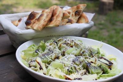 Si tienes en tu casa pollo lechuga kiwi queso rallado y for Dado arredamenti modena
