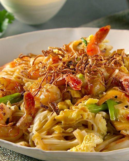 Spicy Shrimp and Tofu Pad Thai