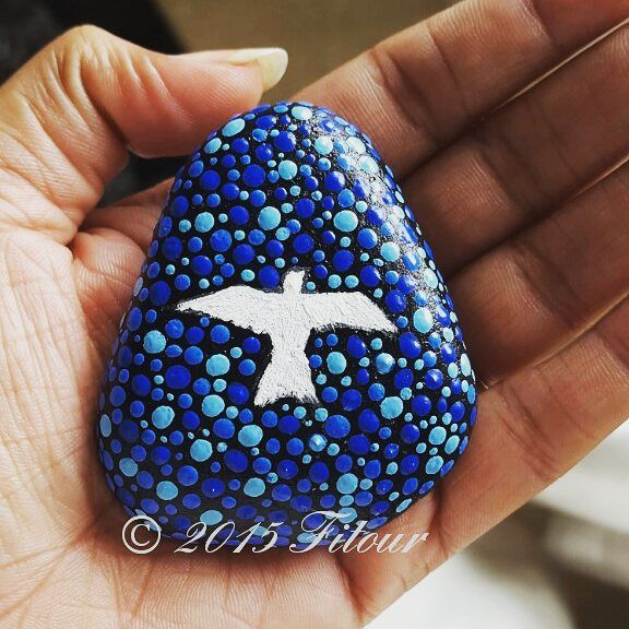 #Fitour #passion #zeal #craze #sufi #pebble #handpicked #painting #handpainted #pebbleart #stonepainting #traveldiaries #colours #mypaintings #mytravel #mystories #birdpainting #peace #dove #love #myFitour