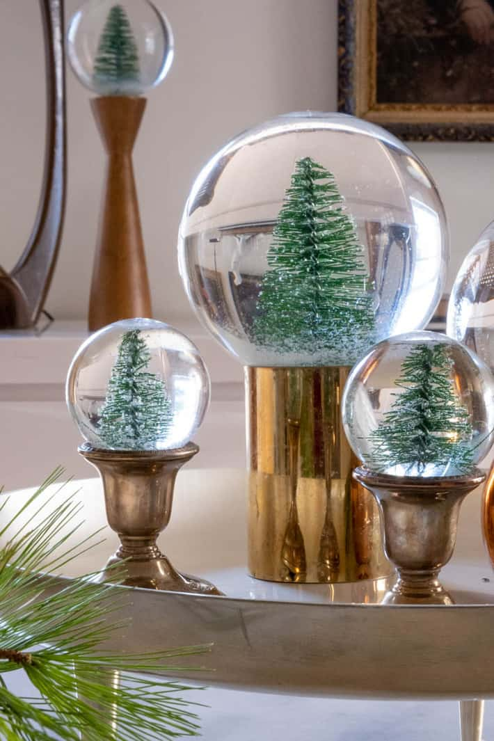 Make an Easy DIY Snow Globe. (With images) Snow globes