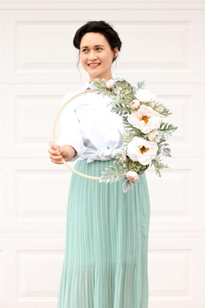 ▷ 1001 + Ideen für erstaunliche Herbstdeko für Draußen #herbstdekotisch herbstdeko tisch, blumenkranz kann als wanddeko oder tischdekoration auch dienen #herbstdekotisch
