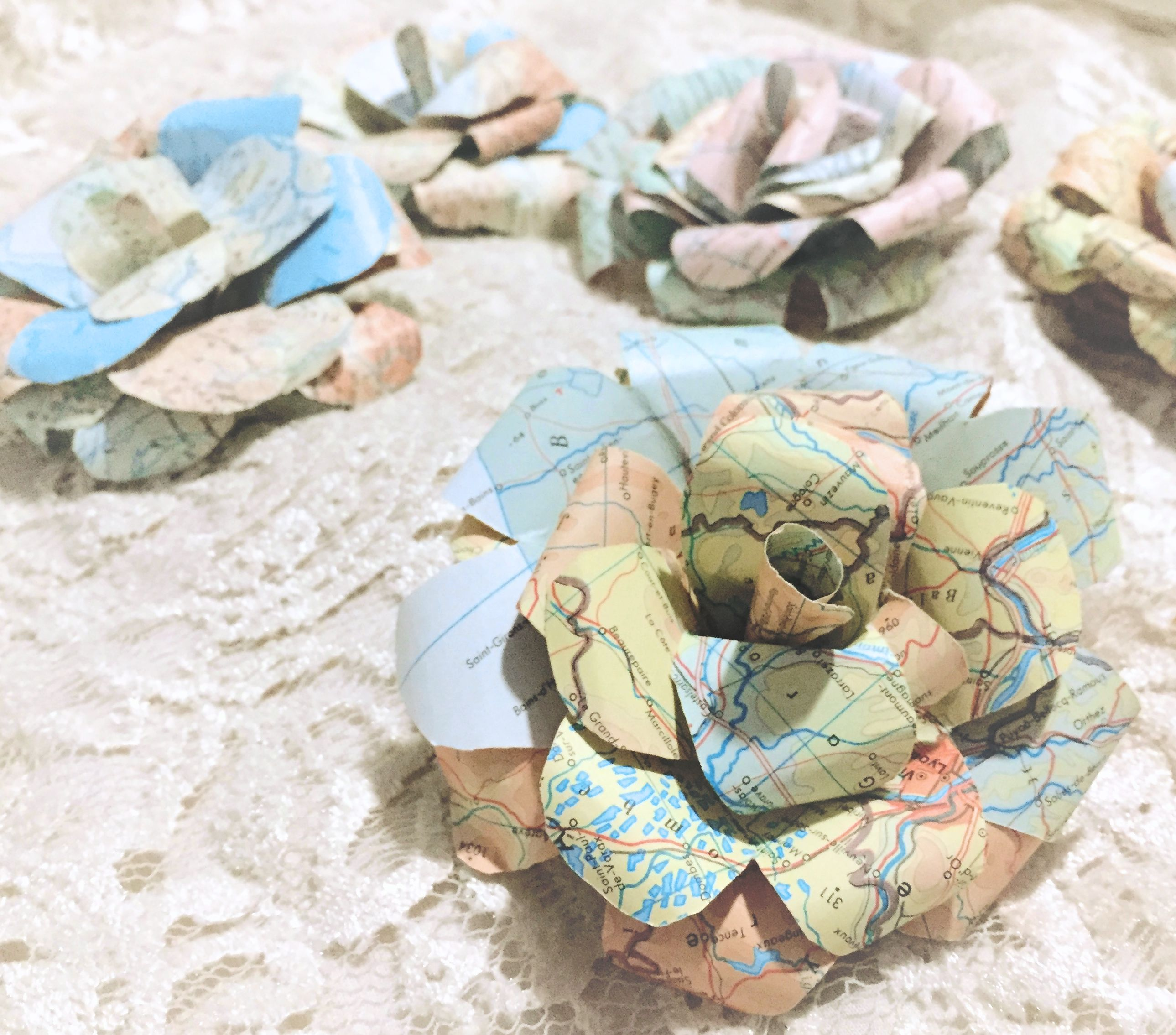 Map Paper Flowers, Map Paper Roses, Set of 5, Travel Theme Party ...