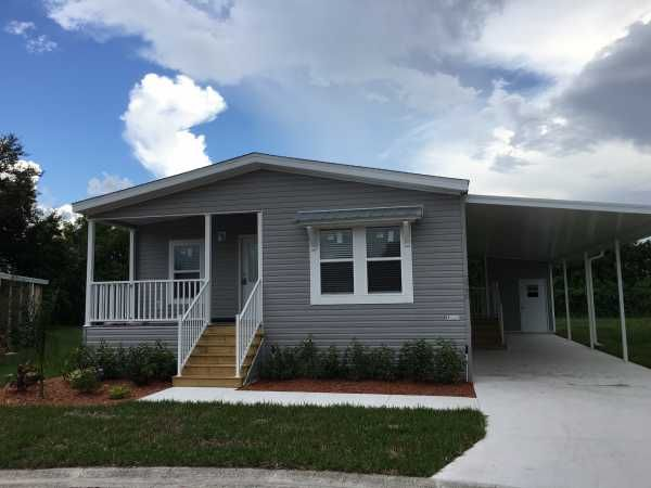 Chariot Eagle Mobile Home For Sale in Orlando FL, 32822