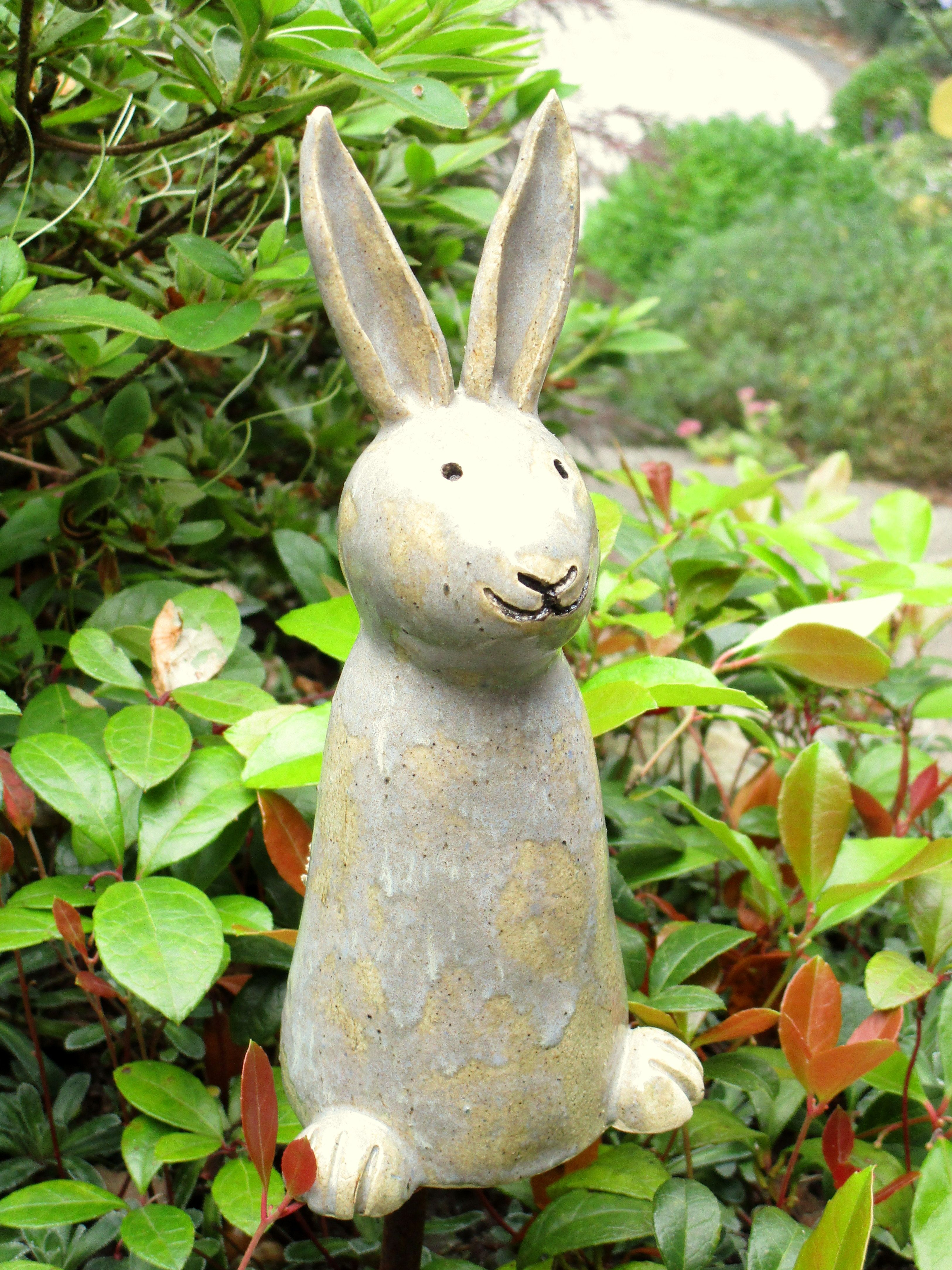 grauer Hase aus Keramik #gesso
