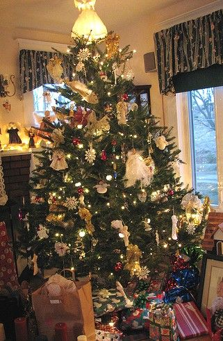 angel themed christmas tree decorated christmas tree pictures - Angel Tree Christmas