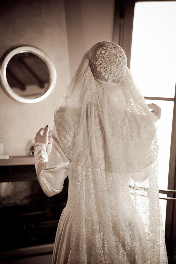 Vintage 1920s veil (photo by Lucibelli Photography) | Vintage ...