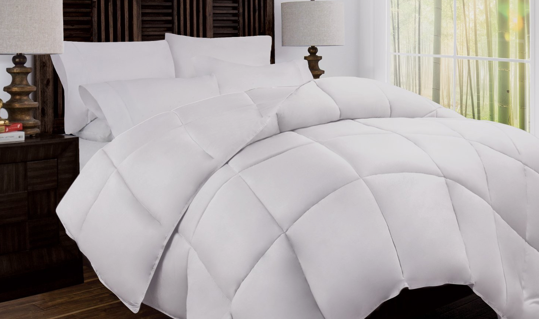 Cooling Blankets 16 Best Comforters For Hot Sleepers Myvessyl In 2020 Cool Comforters Comforters Cooling Blanket