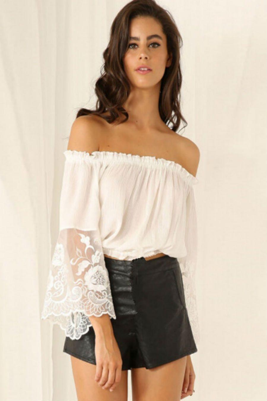 ffdf2befe4c4a3 White Off Shoulder Crop Top | my style | Shirt blouses, Fashion et ...