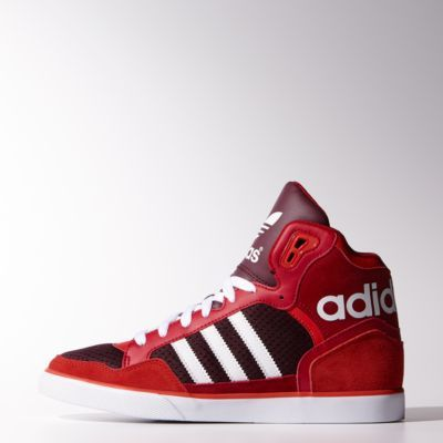 the latest c5784 381b7 These need to be my new hip hop kicks Tenis Adidas, Brown Shoe, Red