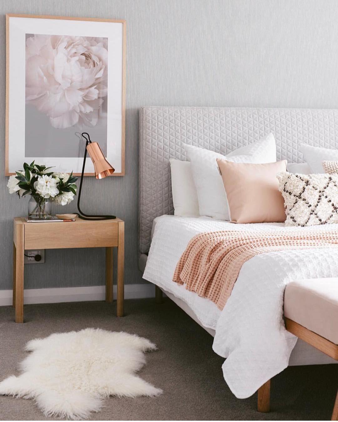 Blush Pink White And Grey Pretty Bedroom Via Ivoryandnoir: Cozy Blush & Gray Bedroom Designed By @designdevotee