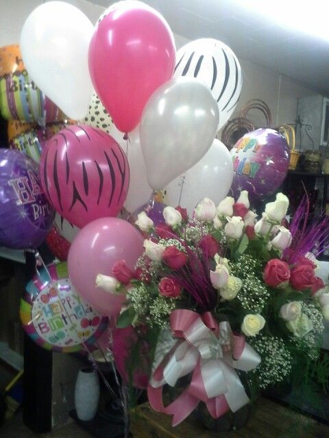 6 Dozen Pink And White Roses A Giant Balloon Bouquet To Say Happy Birthday