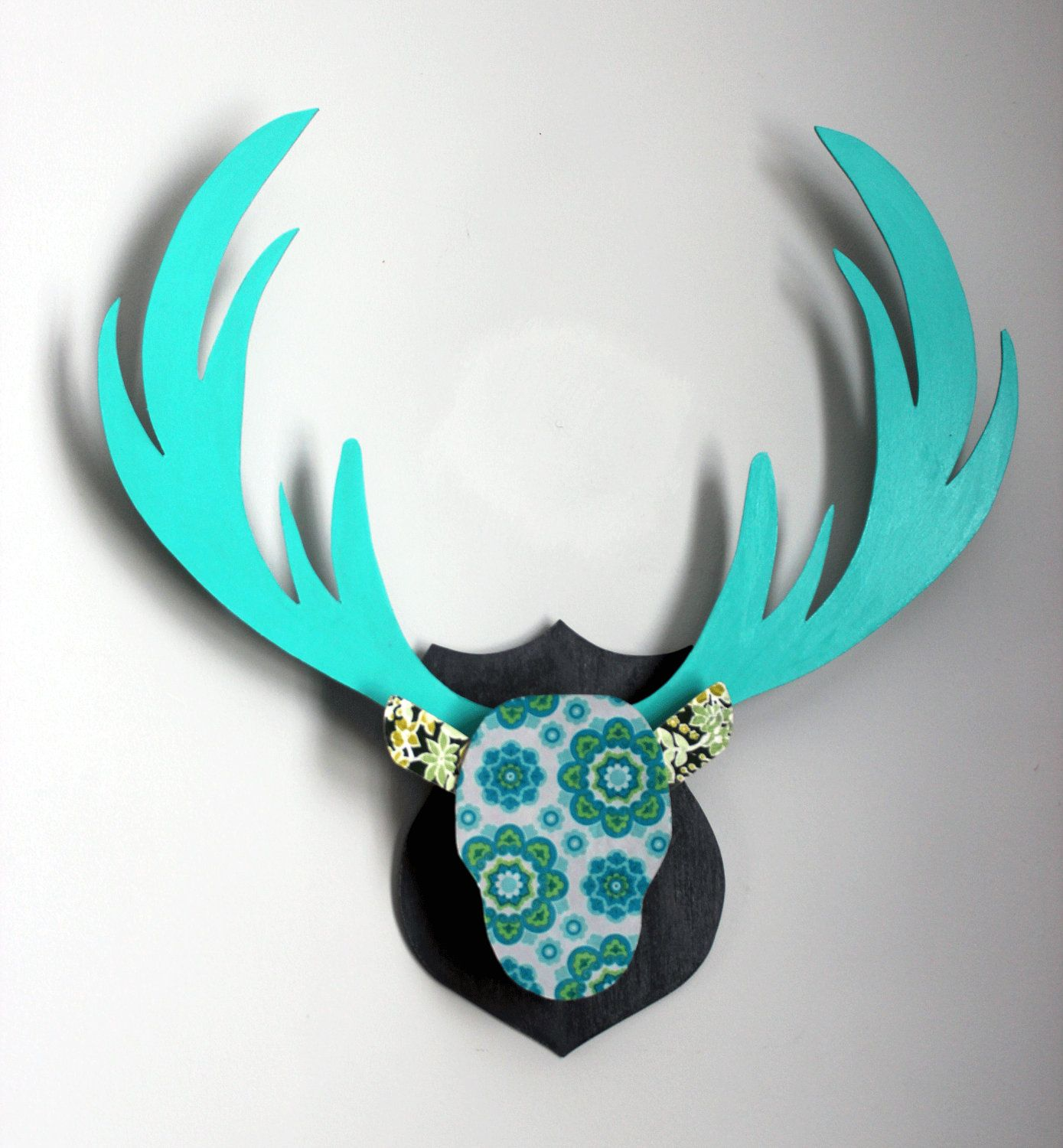 Turquoise Retro Antlers Wall Decor - Retro Wallpaper Pattern, Blue, Green and Grey