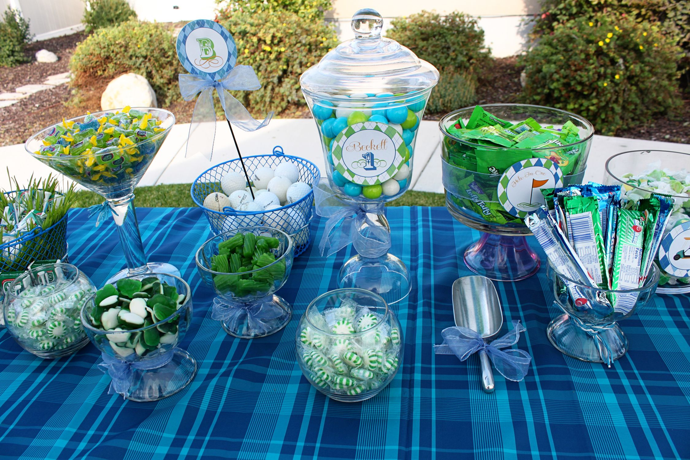 Cute candy display for a golf themed birthday party golf Food
