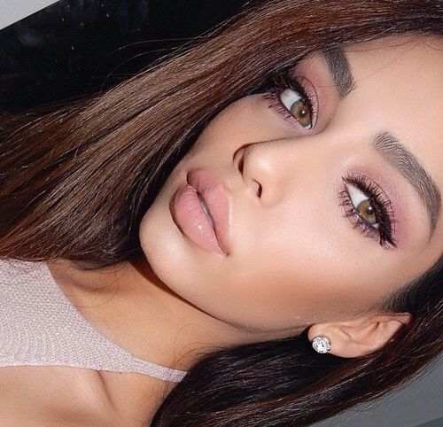 girl fashion outfit hair eyes lips